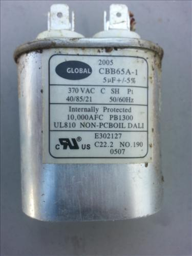 here is a single capacitor 20140314_120415
