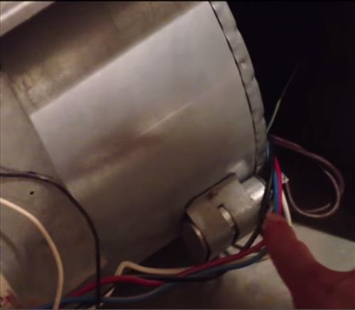 buying and replacing a furnace capacitor hvac how to furnace thermostat wiring furnace capacitor wiring #7