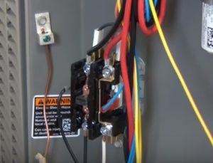 Outside Condensing Fan Motor Does Not Shut Off C3